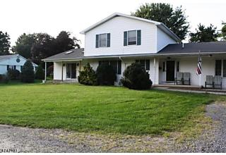 Photo of 710 Guy Rd Lopatcong, NJ 08865