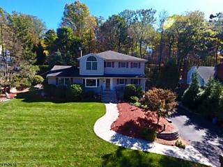 Photo of 15 Iowa Rd Wayne, NJ 07470