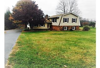 Photo of 12 Sid Taylor Rd Hampton Township, NJ 07848
