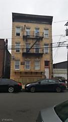 Photo of 204 Parkhurst St Newark, NJ 07114