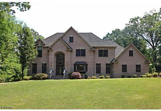 Photo of 119 Gillette Rd Long Hill Twp, NJ 07933