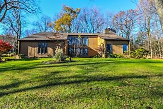 Photo of 99 Country Acres Dr Union Twp., NJ 08827