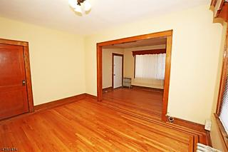 Photo of 39-41 Devon St North Arlington, NJ 07031