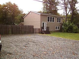 Photo of 96 School House Rd Jefferson Township, NJ 07438