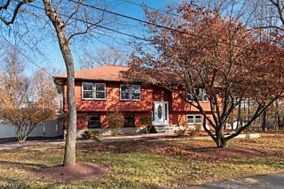 Photo of 8 Kenmar Rd Mount Olive, NJ 07828