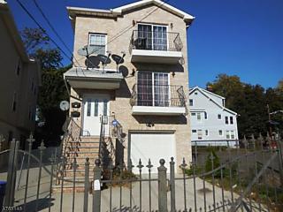 Photo of 481 Hawthorne Ave Newark, NJ 07112