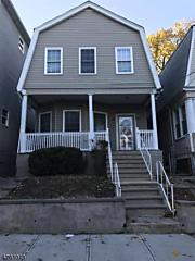 Photo of 25 Park Pl Irvington, NJ 07111