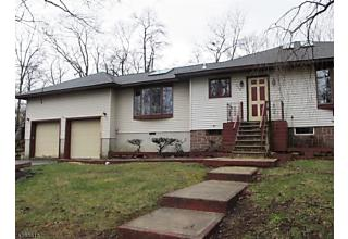 Photo of 516 Brooklyn Mountain Rd Hopatcong, NJ 07843