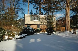 Photo of 23 Earl Pl New Providence, NJ 07974