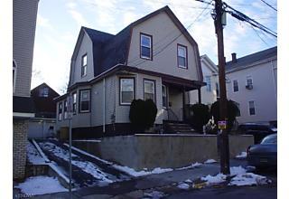 Photo of 17-19 Barnert Pl Paterson, NJ 07522