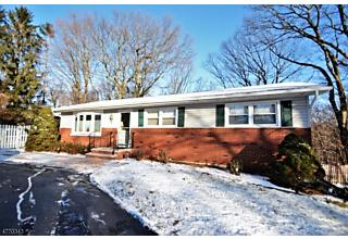 Photo of 62 New Jersey Ave Jefferson Twp, NJ 07849