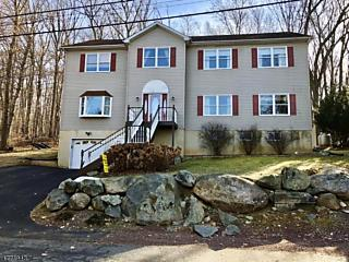 Photo of 68 Mcgregor Ave Mount Arlington, NJ 07856