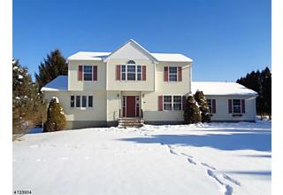 Photo of 20 Eastfield Dr Wantage, NJ 07461