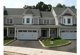 Photo of 36 Park View Dr Warren, NJ 07059