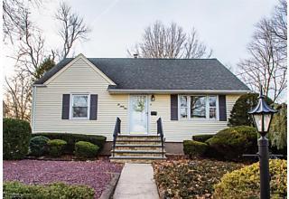 Photo of 264 Fern St Washington Township, NJ 07676