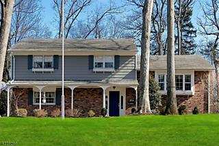 Photo of 121 Barchester Way Westfield, NJ 07090