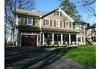 Photo of 245 Hillside Ave Chatham Boro, NJ 07928