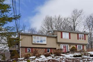 Photo of 10 Up A Way Dr Vernon Twp., NJ 07461
