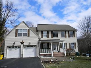 Photo of 130 Hillside Dr Hardyston, NJ 07419