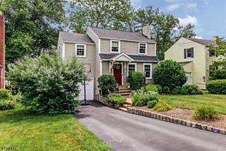 Photo of 157 Hillside Ave Chatham Boro, NJ 07928