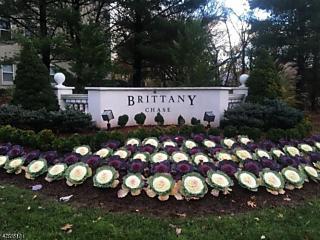Photo of 1212 Brittany Dr Wayne, NJ 07470