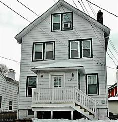 Photo of 252 Franklin St Bloomfield, NJ 07003