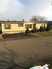 Photo of 2 Dawn Dr White Township, NJ 07823