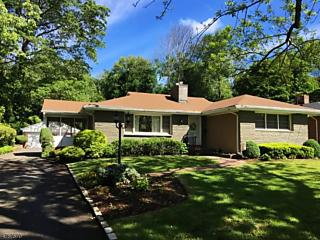 Photo of 102 Central Ave Madison, NJ 07940