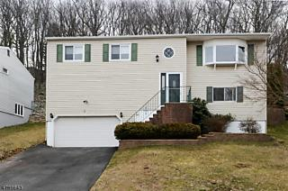 Photo of 58 Highview Ter Rockaway Twp., NJ 07801
