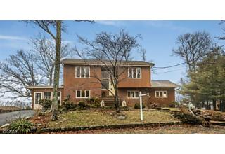 Photo of 140 S Shore Rd Byram Township, NJ 07821