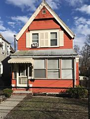 Photo of 302 Cleveland St Orange, NJ 07050