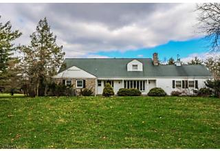 Photo of 5 High Mowing Rd East Amwell Township, NJ 08551