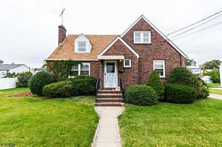 Photo of 125 William St Carteret, NJ 07008
