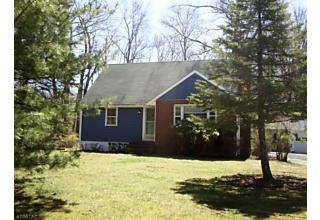 Photo of 455 River Rd East Hanover, NJ 07936
