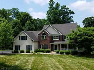 Photo of 11 Berkshire Way Holland Township, NJ 08848
