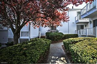 Photo of 61 Smithfield Ct Bernards Township, NJ 07920