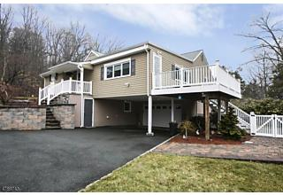 Photo of 1464 Pleasant Valley Way West Orange, NJ 07052