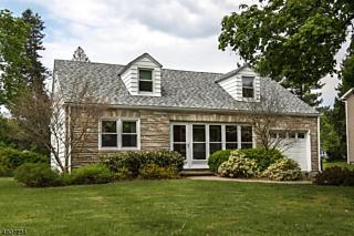 Photo of 18 Valley View Ave Gladstone, NJ 07934
