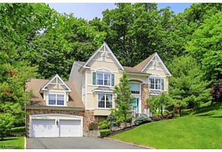 Photo of 247 W End Ave Green Brook, NJ 08812