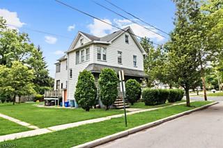 Photo of 501 Poplar St Roselle, NJ 07203