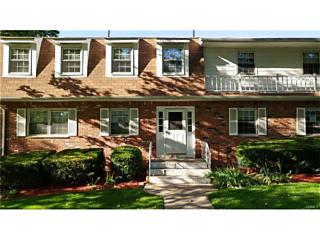 Photo of 88 Parkside Drive Suffern, NY 10901