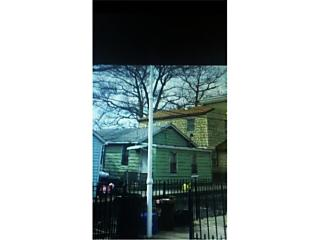 Photo of 123b Edgewater Park Bronx, NY 10465