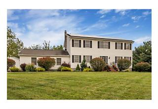 Photo of 6 Billesimo Drive Marlboro, NY 12542