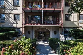 Photo of 2201 Palmer Avenue New Rochelle, NY 10801