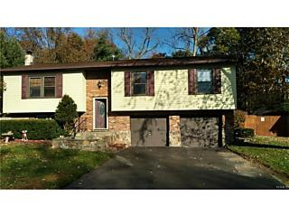 Photo of 5 Creamery Drive New Windsor, NY 12553
