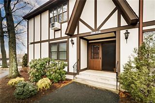 Photo of 712 Sierra Vista Lane Valley Cottage, NY 10989