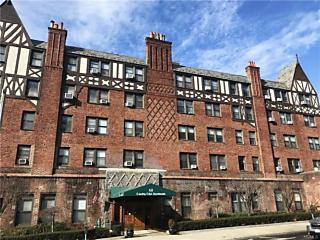 Photo of 68 East Hartsdale Avenue Hartsdale, NY 10530