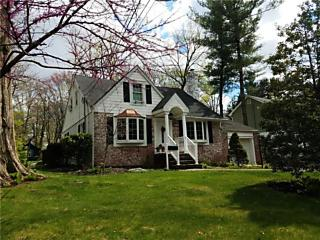 Photo of 27 North Drive East Brunswick, NJ 08816