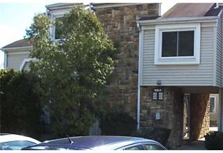 Photo of 1061 Schmidt Lane North Brunswick, NJ 08902