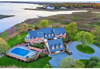 Photo of 20 Avenue Of Two Rivers S Rumson, NJ 07760